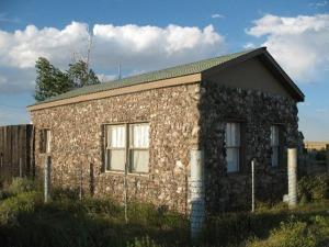 fossil-cabin13